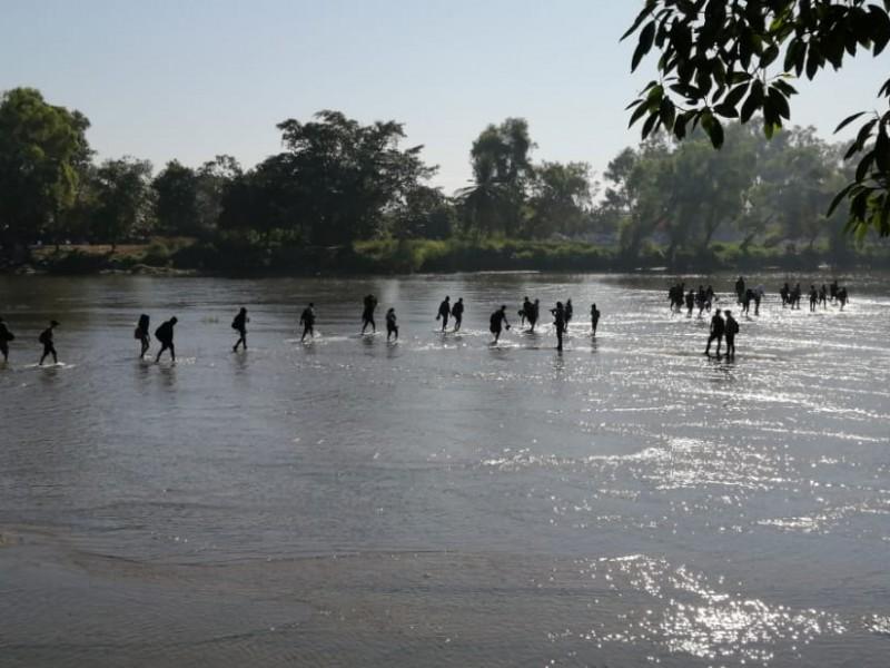 Migrantes buscan reagruparse e internarse en territorio nacional