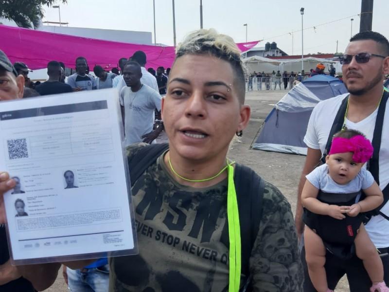 Migrantes cubanos denuncian malos tratos de autoridades migratorias