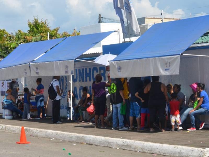 Migrantes reclaman apoyos a la ACNUR en Chiapas