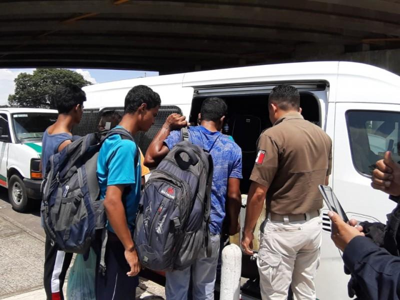 Migrantes transnacionales continúan su arribo a Chiapas