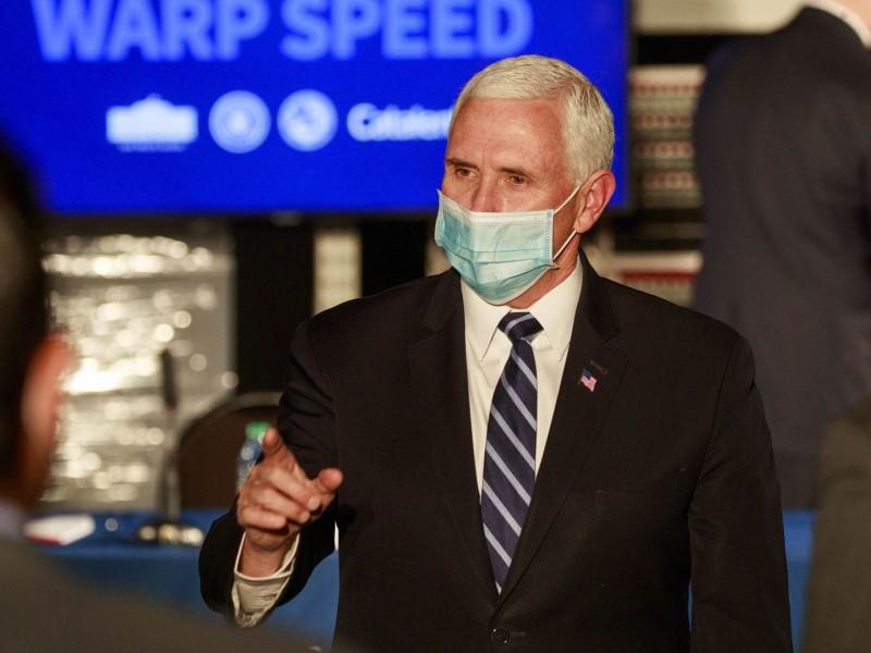 Mike Pence, asegura se vacunará contra Covid-19 el viernes