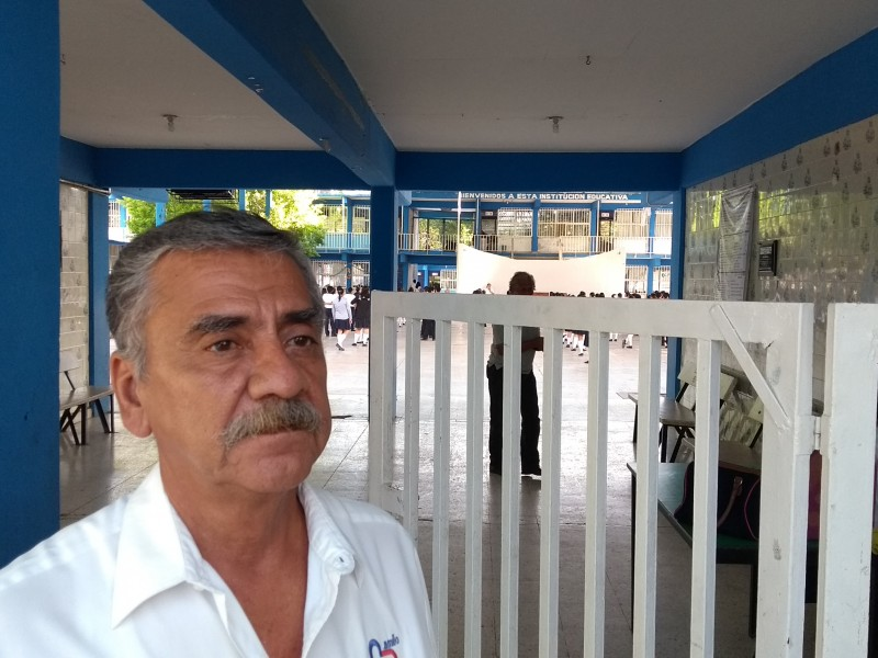 Miles de alumnos retornan a clases en Chiapas