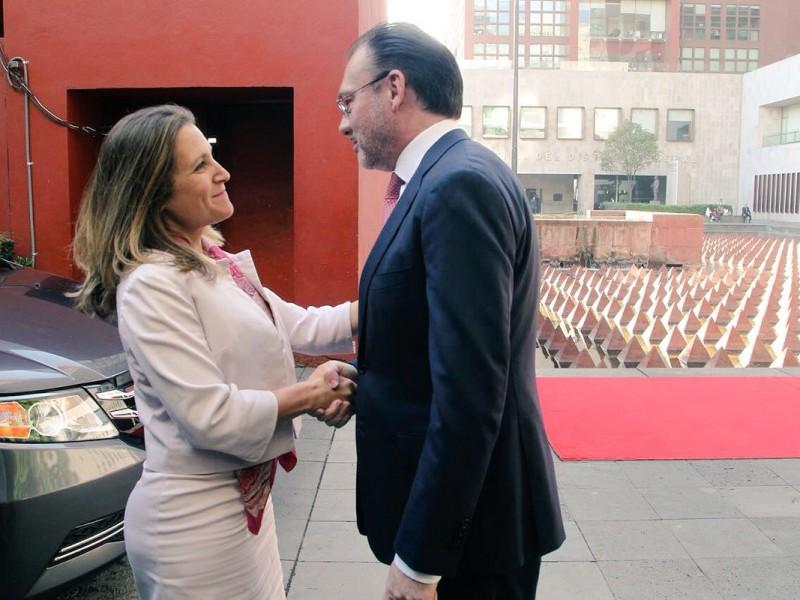 Ministra canadiense se reúne con Videgaray