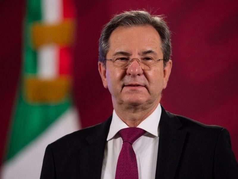 Moctezuma Barragán de la SEP a la Embajada en EU