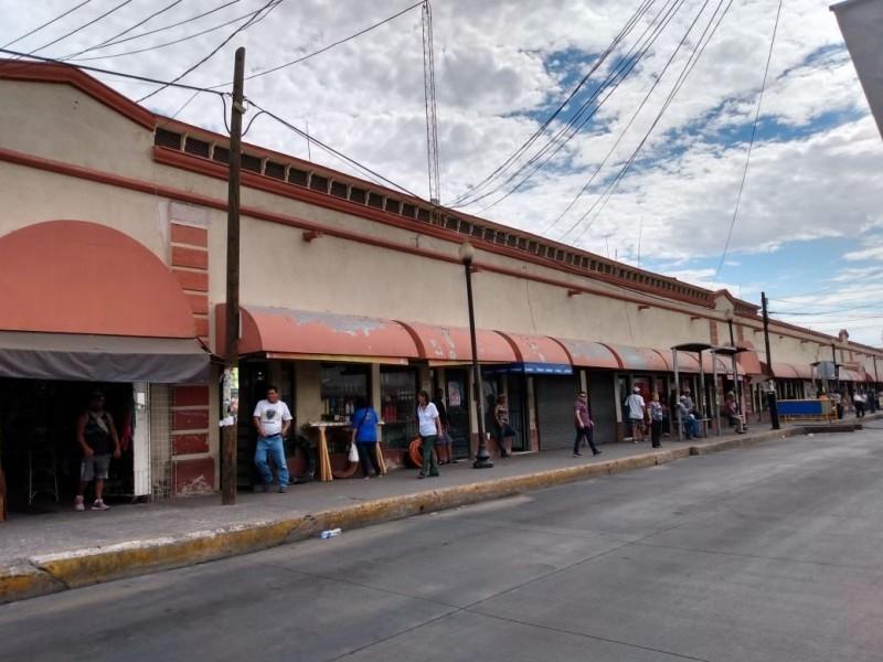 Momentos difíciles por bajas ventas en Mercado Municipal