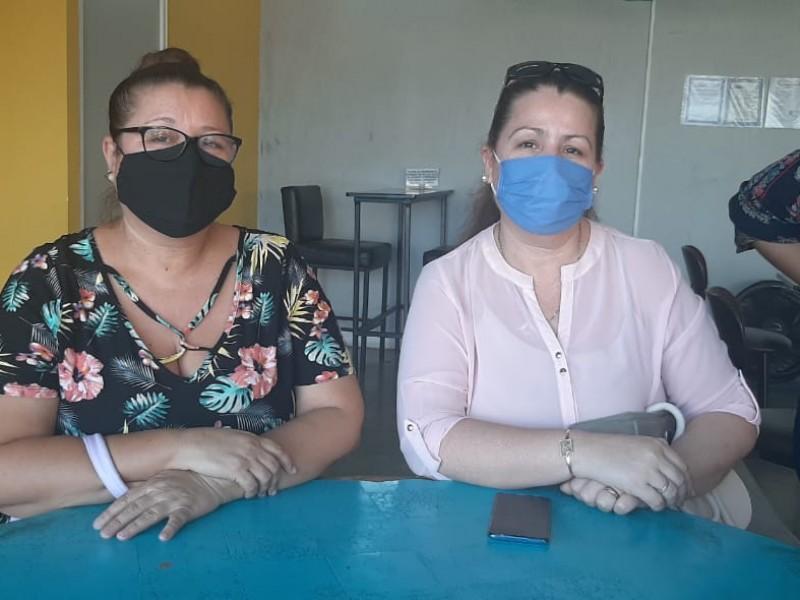 Monitoras piden a las autoridades resuelvan pronto su situación laboral