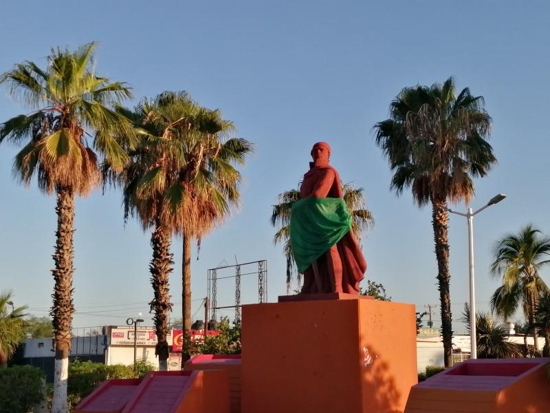 Monumentos se visten de verde por el 28s