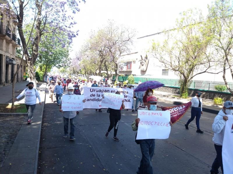 Morenistas protestan por imposición de candidaturas en Michoacán