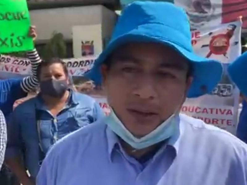 Mototaxistas denuncian corrupción en la Secretaría de Transportes