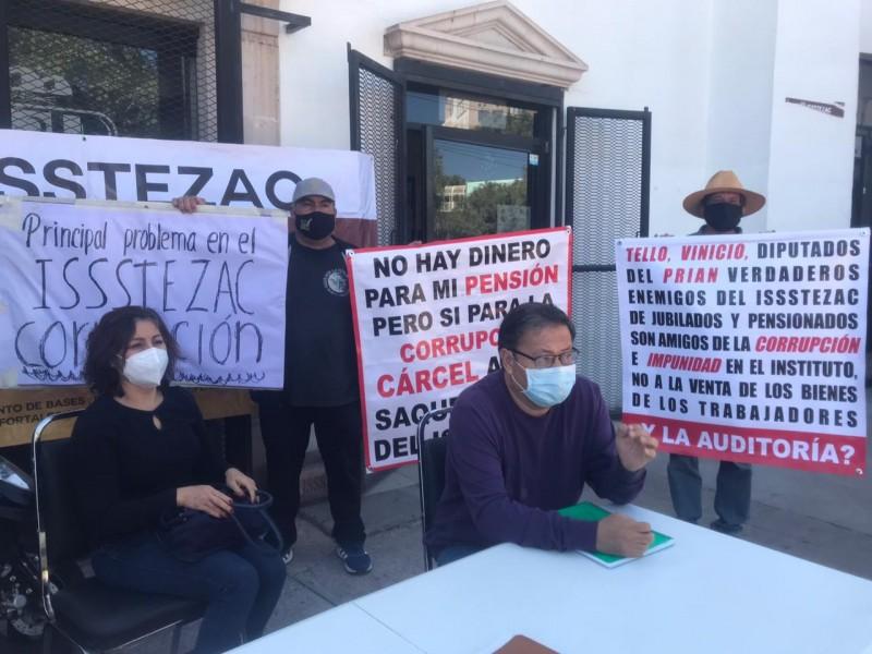 Movimiento de bases presenta reforma de Ley para el ISSSTEZAC