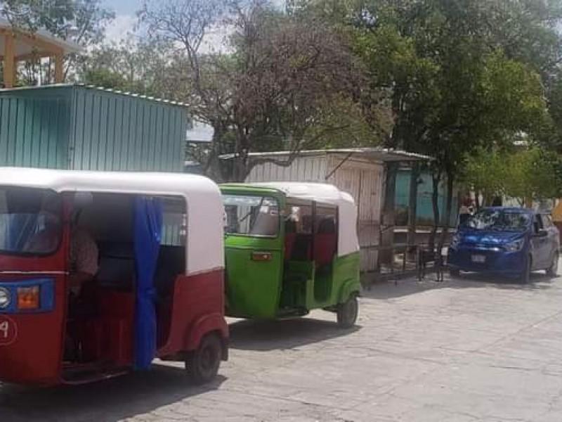 Muere menor tras salir proyectada de mototaxi en Huaquechula