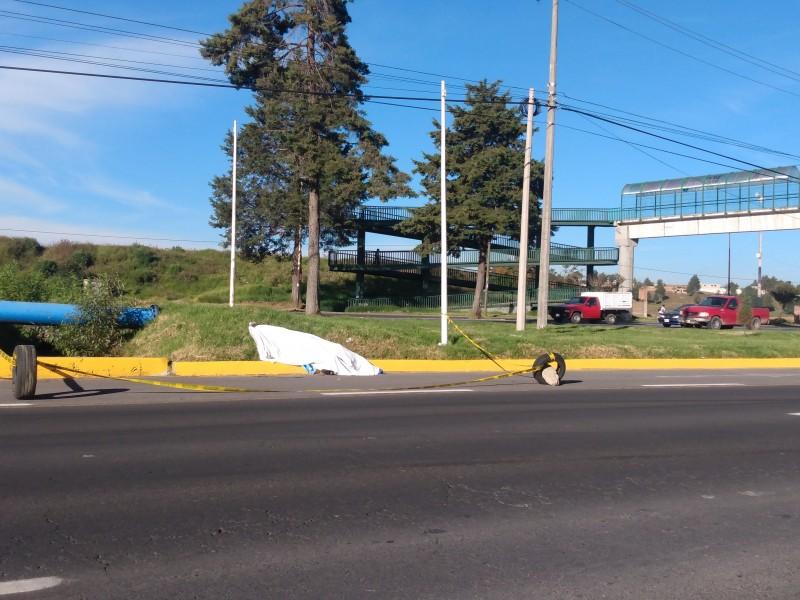 Muere peatón al ser atropellado en Toluca