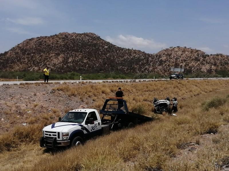 Muere menor en accidente carretero