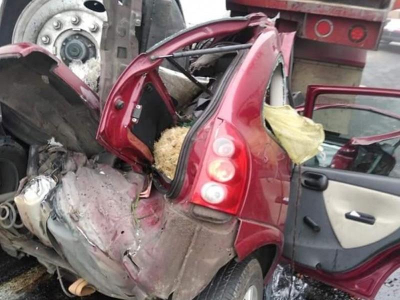 Muere persona en accidente automovilístico en autopista Puebla-Orizaba