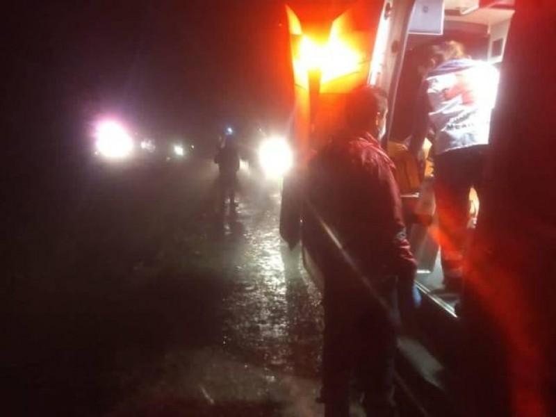 Muere persona volcarse en una barranca de Zacatlán