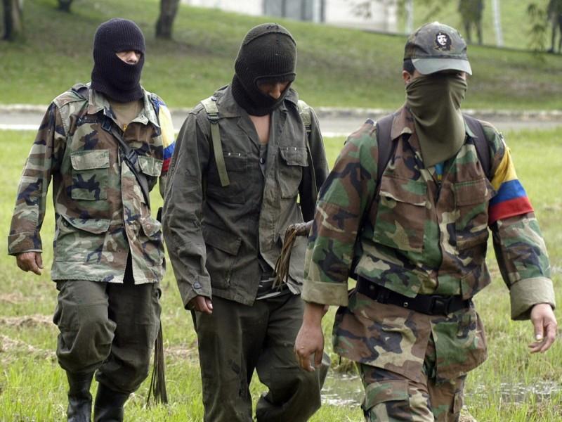 Mueren 10 disidentes de FARC en bombardeo