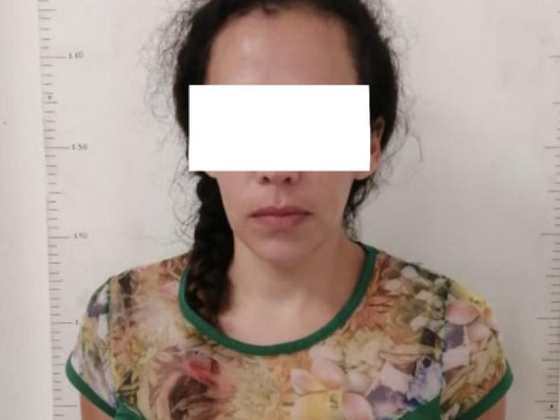 Mujer detenida por agredir a sus hijas en Tepic