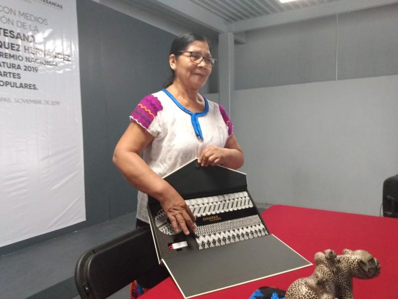 Mujer indígena continúa obteniendo reconocimientos