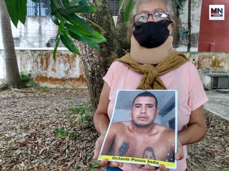 Mujer sigue rastros de su hijo desaparecido hasta Tuxpan