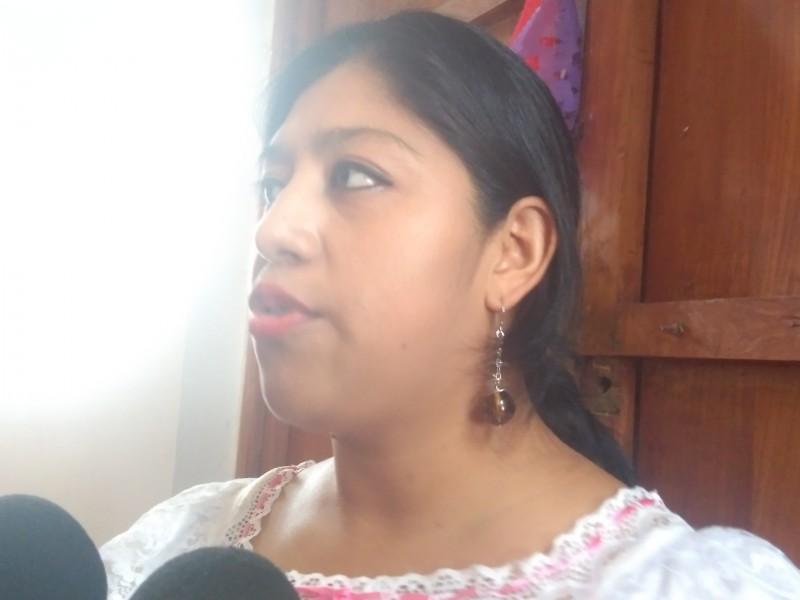 Mujeres indígenas reciben titulo de ingenieros solares