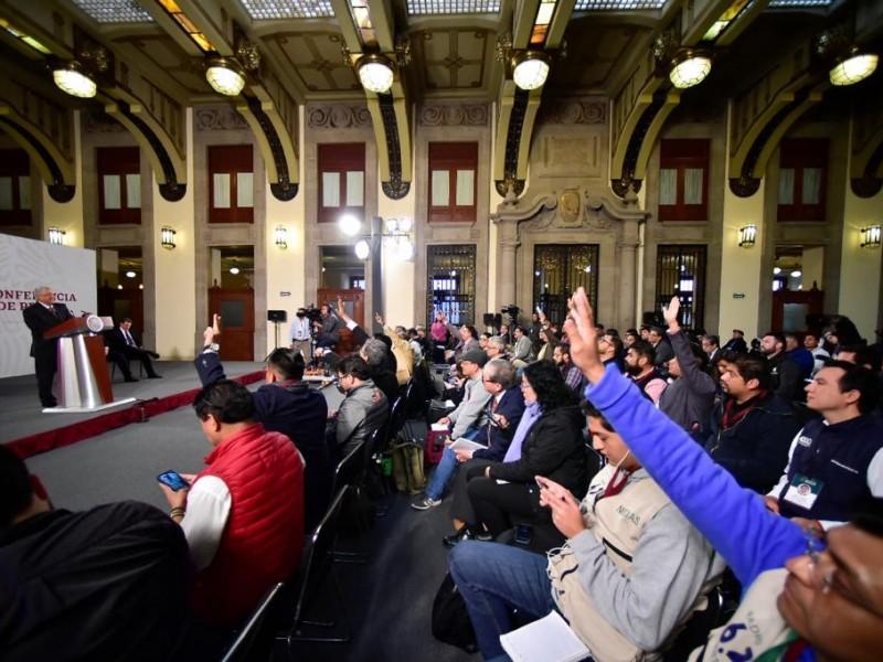 Mujeres reporteras se ausentan de la mañanera de AMLO