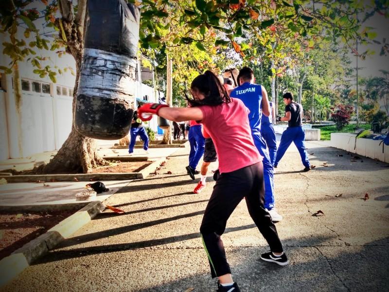 Mujeres rompen tabú en el boxeo