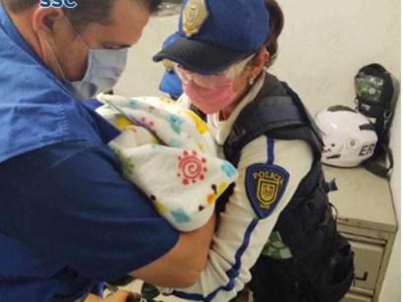 Nace bebe en el Metro