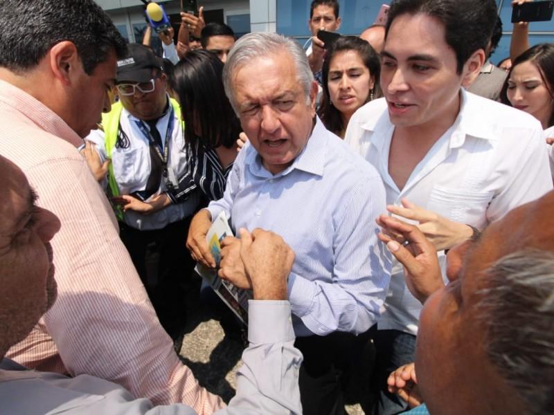 'Nada por la fuerza': AMLO sobre Germán Martínez