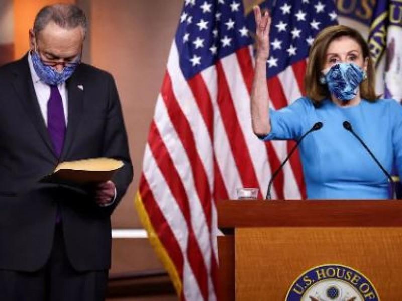 Nancy Pelosi pide invocar enmienda 25 para destituir a Trump
