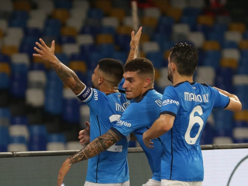 Napoli mantiene el invicto en la Serie A