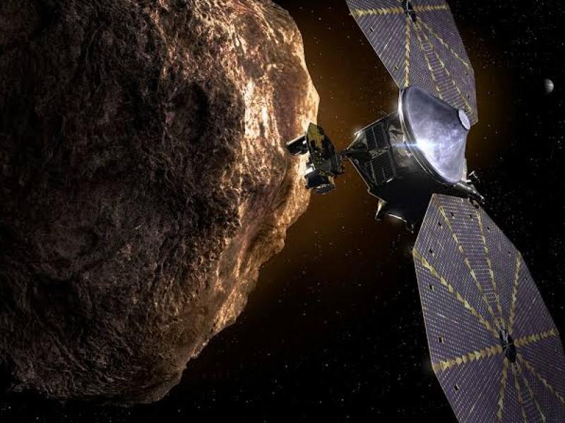 NASA lanza misión Lucy, hacia asteroides troyanos