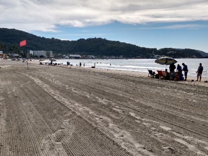 Nayaritas sufren los estragos del cierre de playas