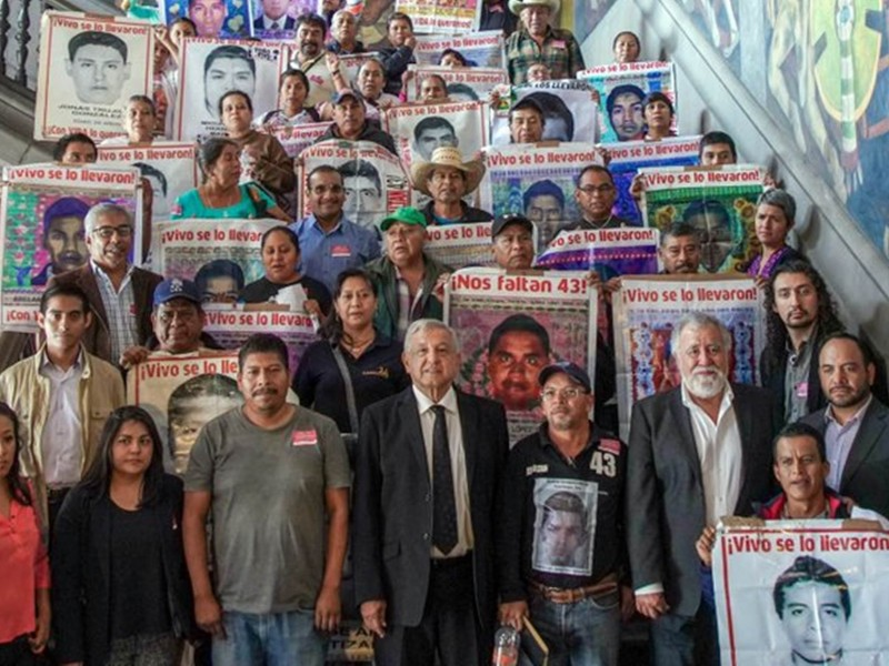Necesitamos resultados para el caso Ayotzinapa: AMLO