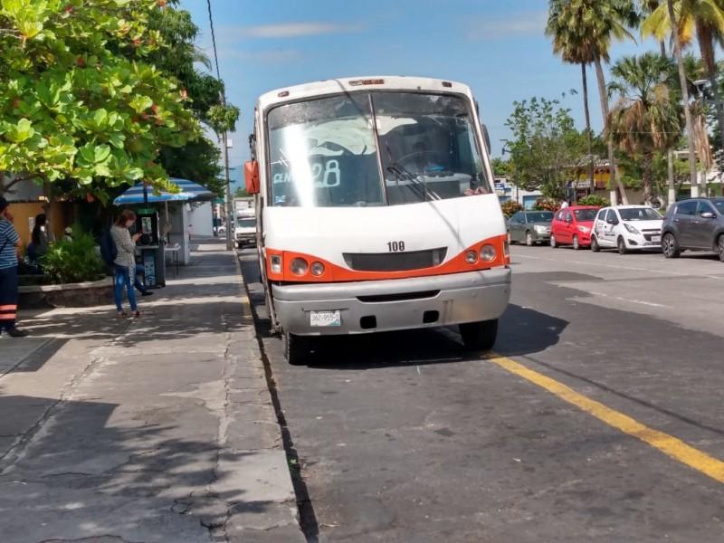 Negarán servicio de transporte a quien no porte cubrebocas: Toscano