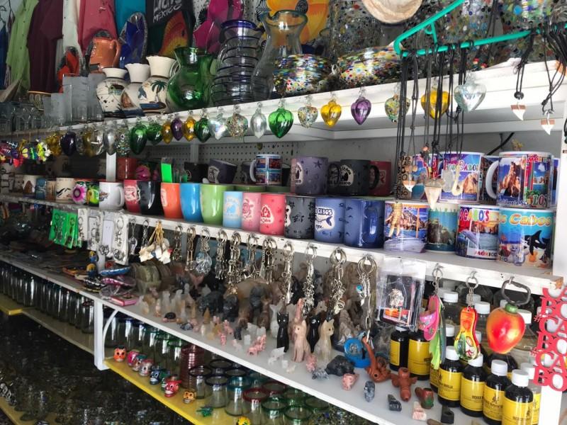 Negocios de artesanías reportan bajas en sus ventas