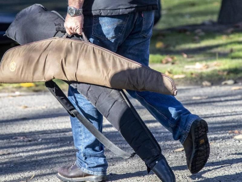 Neozelandeses entregan armas tras masacre en mezquitas