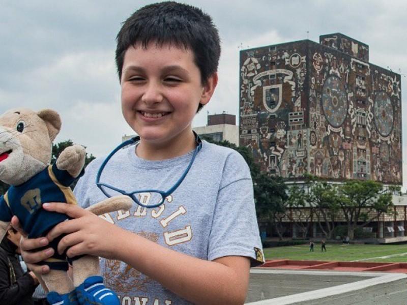 Niño genio de la UNAM sufre bullying