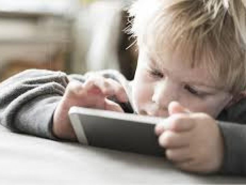 Niños víctimas por exceso de uso de tecnologías