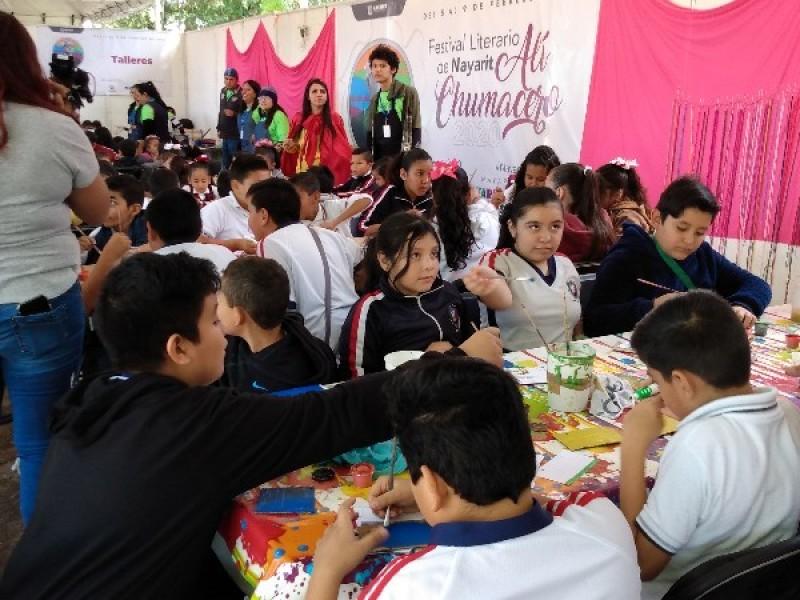 Niños y niñas público principal del Festival Ali Chumacero