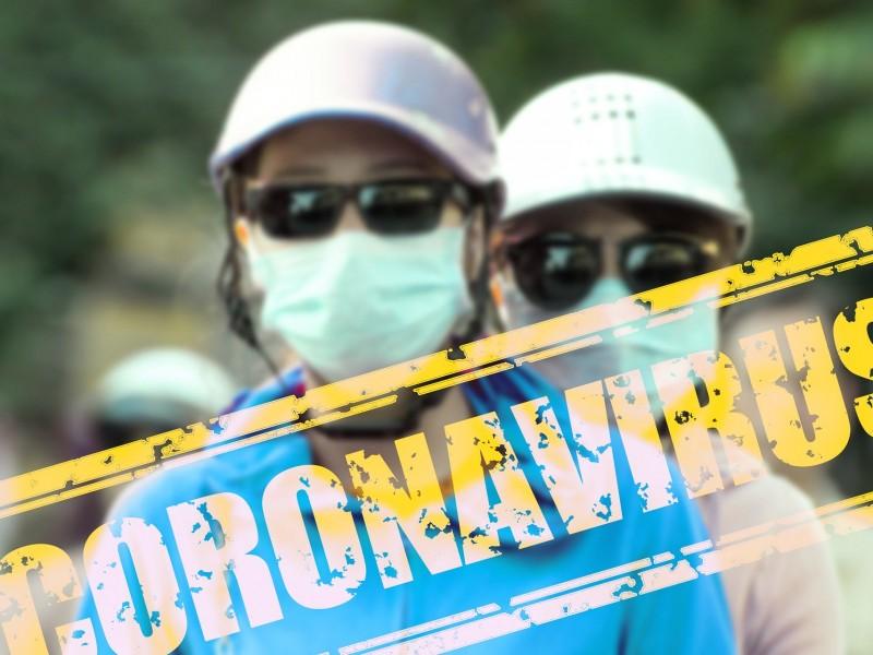 No. El agua alcalina NO previene el coronavirus. Es #FakeNews.