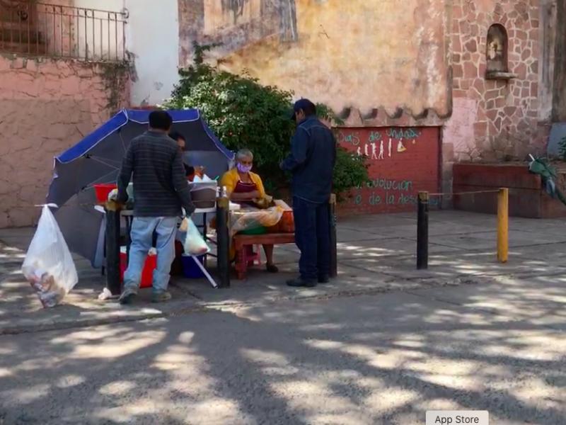 No modificarán medidas sanitarias puestos de comida en Querétaro