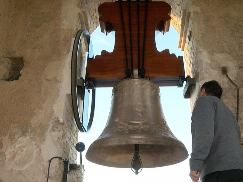 ¡No te espantes! Iglesias tocarán campanas en la noche
