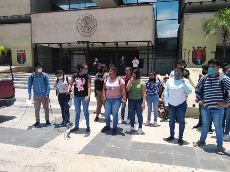 Normalistas conmemoran represión pablista del 2003