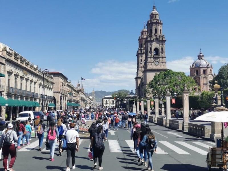 Normalistas marchan una vez más en Morelia