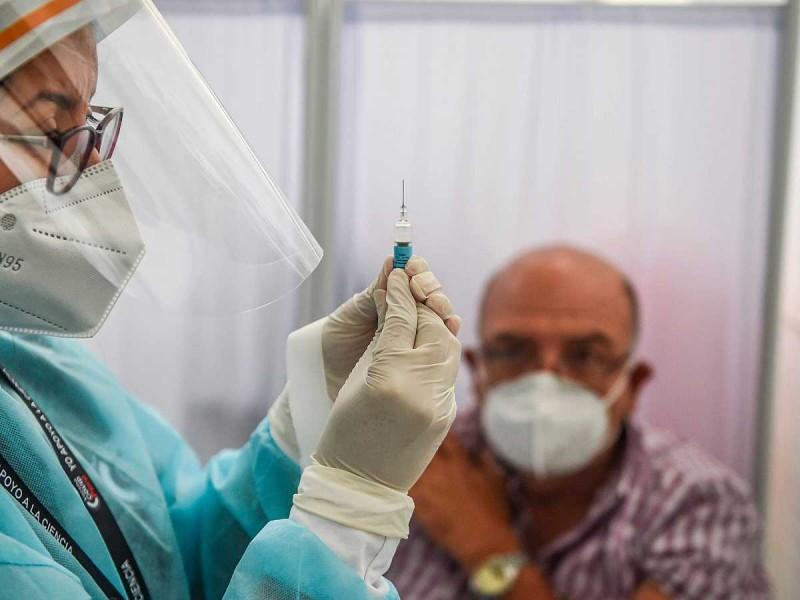 Noruega niega relación entre 33 muertes y vacuna Pfizer