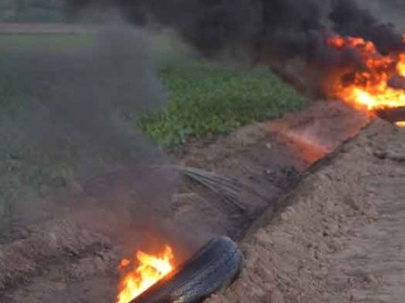 Notifica Ecología a responsables de quema de llantas