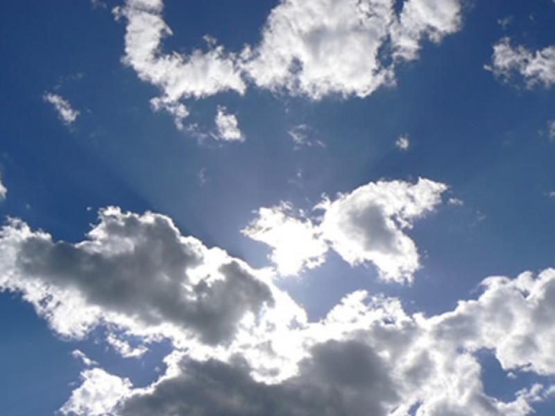 Nublados y altas temperaturas en amplias regiones de Sonora