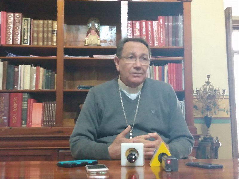 Nueva visión de colaboración en el estado, Obispo