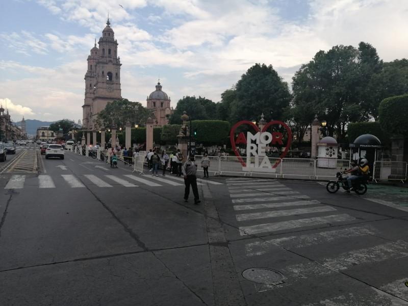 Nuevamente cierran plazas públicas en Morelia