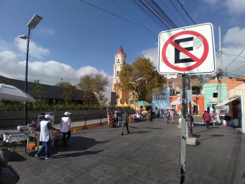 Nuevamente el comercio informal en la calle Nemesio Díez